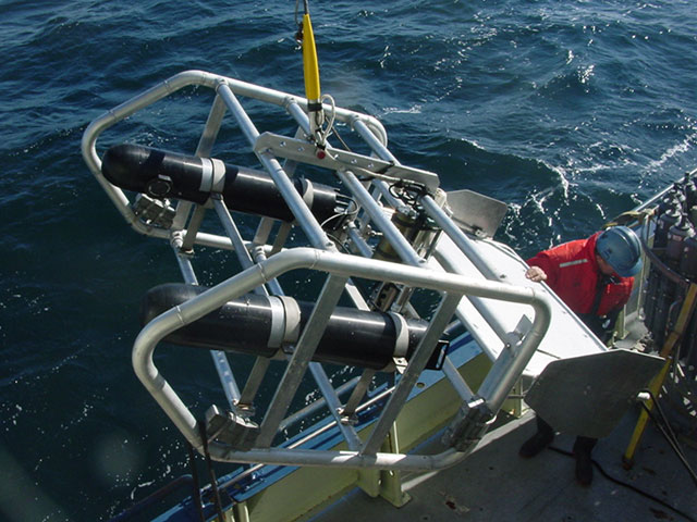 Sub sea housings mounted on tow body